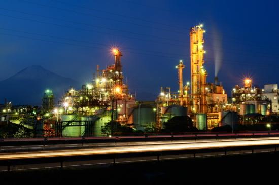イハラニッケイ化学工業プラントの夜景