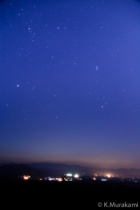 富士山新五合目 星空と御殿場市街地の灯り