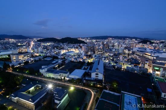 静岡県庁別館21階展望ロビーの夜景 東側