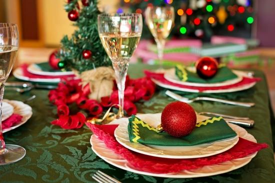 Christmastable1909796_1280