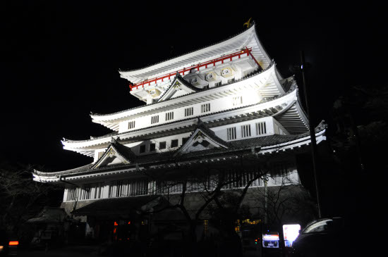 夜の熱海城